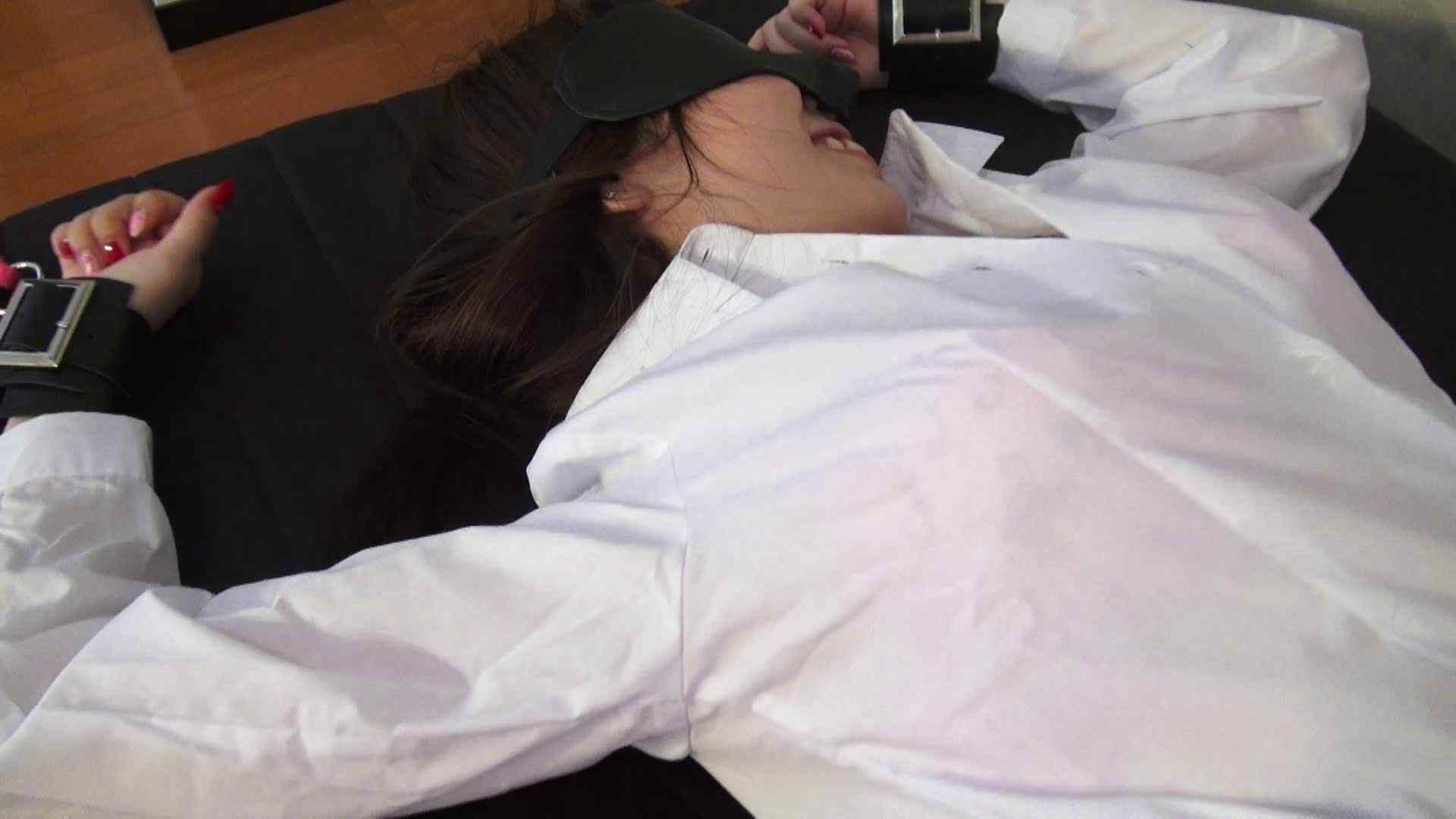 vol.2 くすぐりと刷毛で夏実ちゃんを刺激して様子を伺っています。 顔出しNG一般女性   OLのエッチ  57pic
